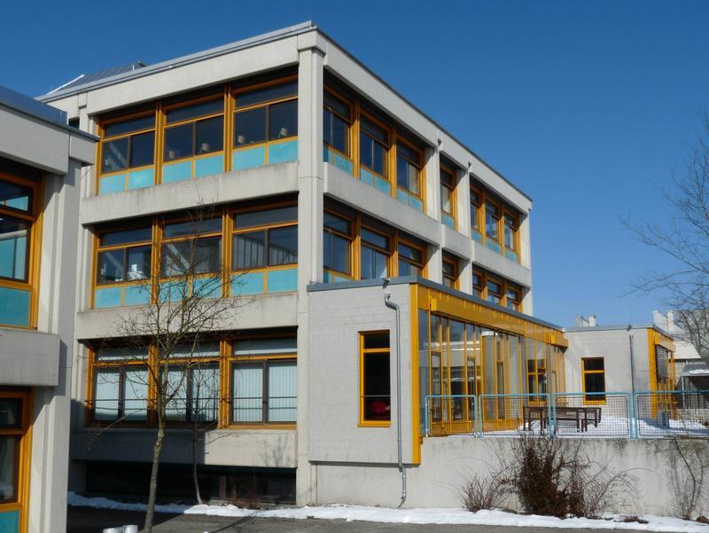 agnes sell gymnasium t rkheim lehrerzimmer. Black Bedroom Furniture Sets. Home Design Ideas